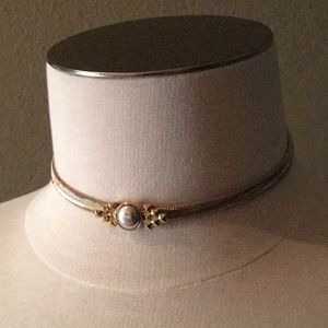 CABOCHON NURI CHOKER NECKLACE